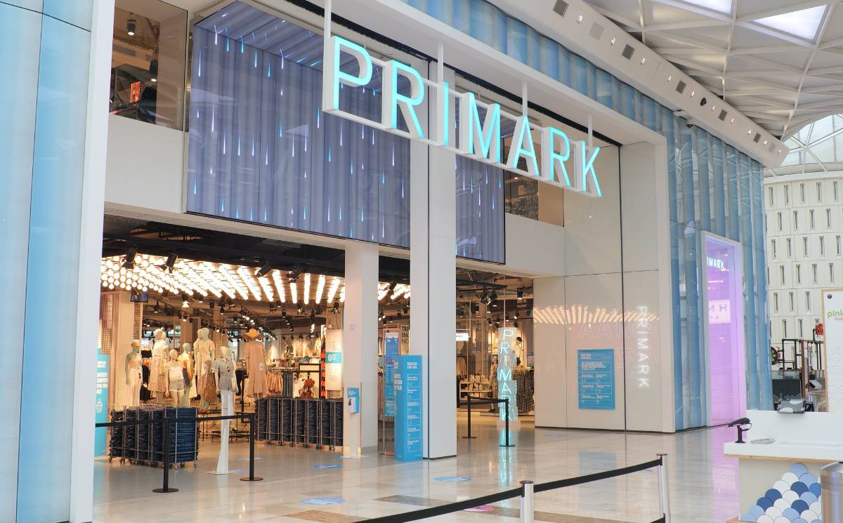 Primark takes 540 million pound sales hit from lockdowns