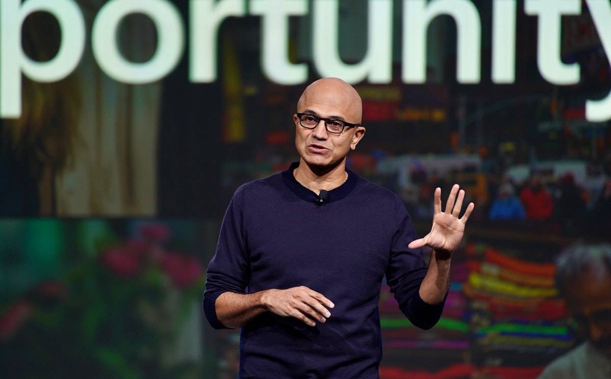 Microsoft's CEO urges retailers to jump into the 'technology intense era'