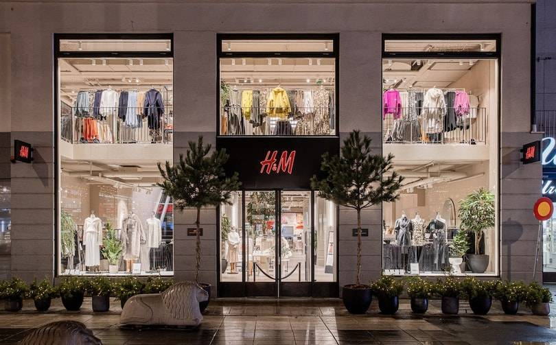 H&M swings to Q1 loss, net sales down 21 percent