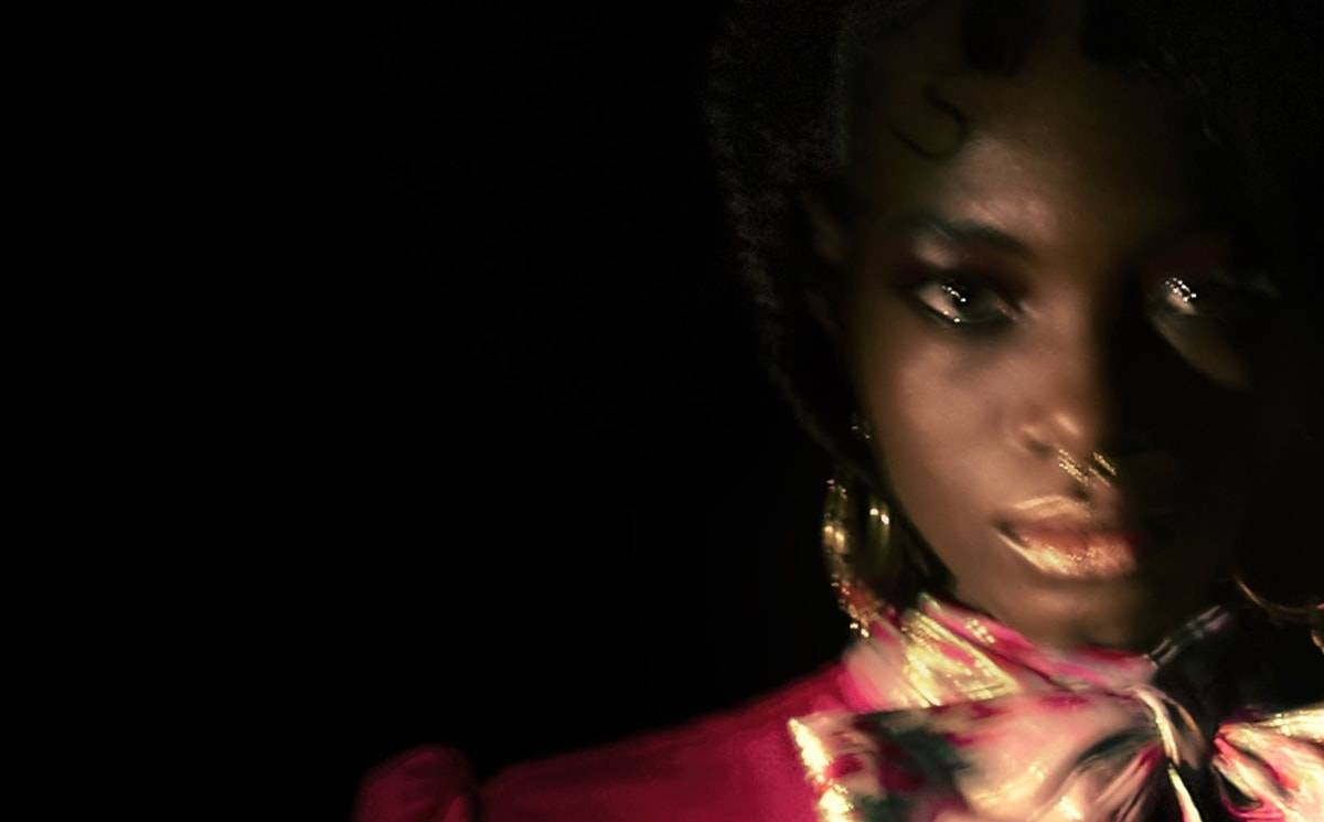 Video: Sabirah FW21 collection