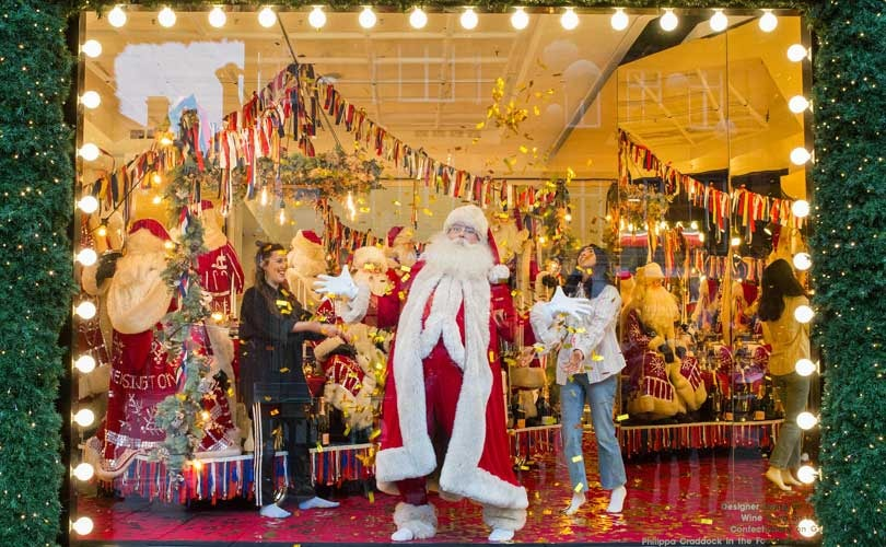 Christmas Window.The Best Christmas Window Displays From Around The World